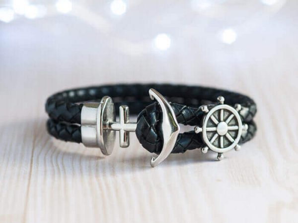 black rudder anchor bracelet